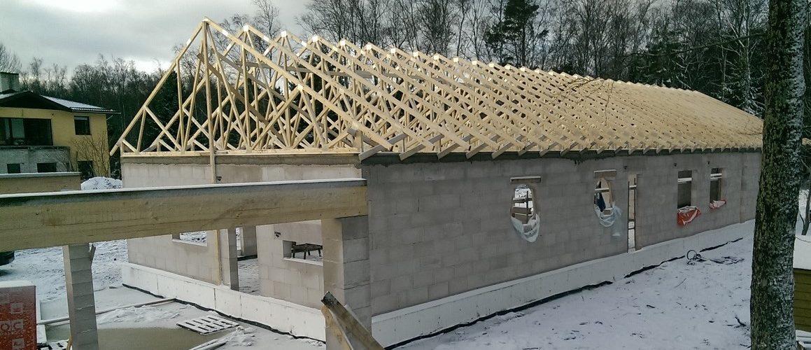 Установка_деревянные_фермы-2.jpg